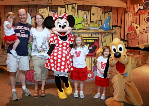 Real moms of Disney: Advice from those in the trenches of planning! | Peanut Blossom