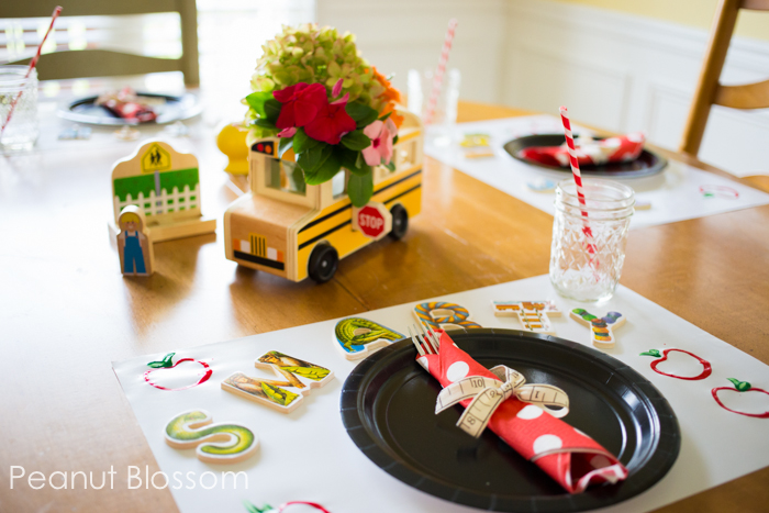 3 quick table decorations for a Back to School Feast