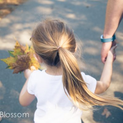 Impromptu fall fun: Take a leaf walk with your kids
