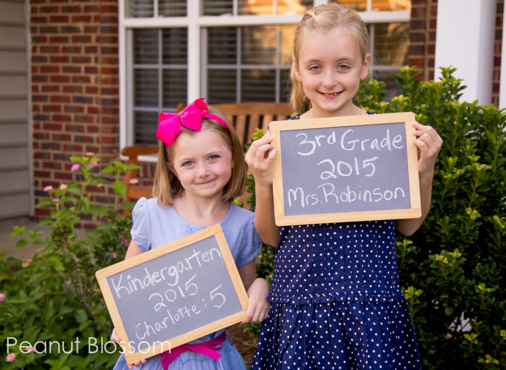 Back to school photo ideas for moms.
