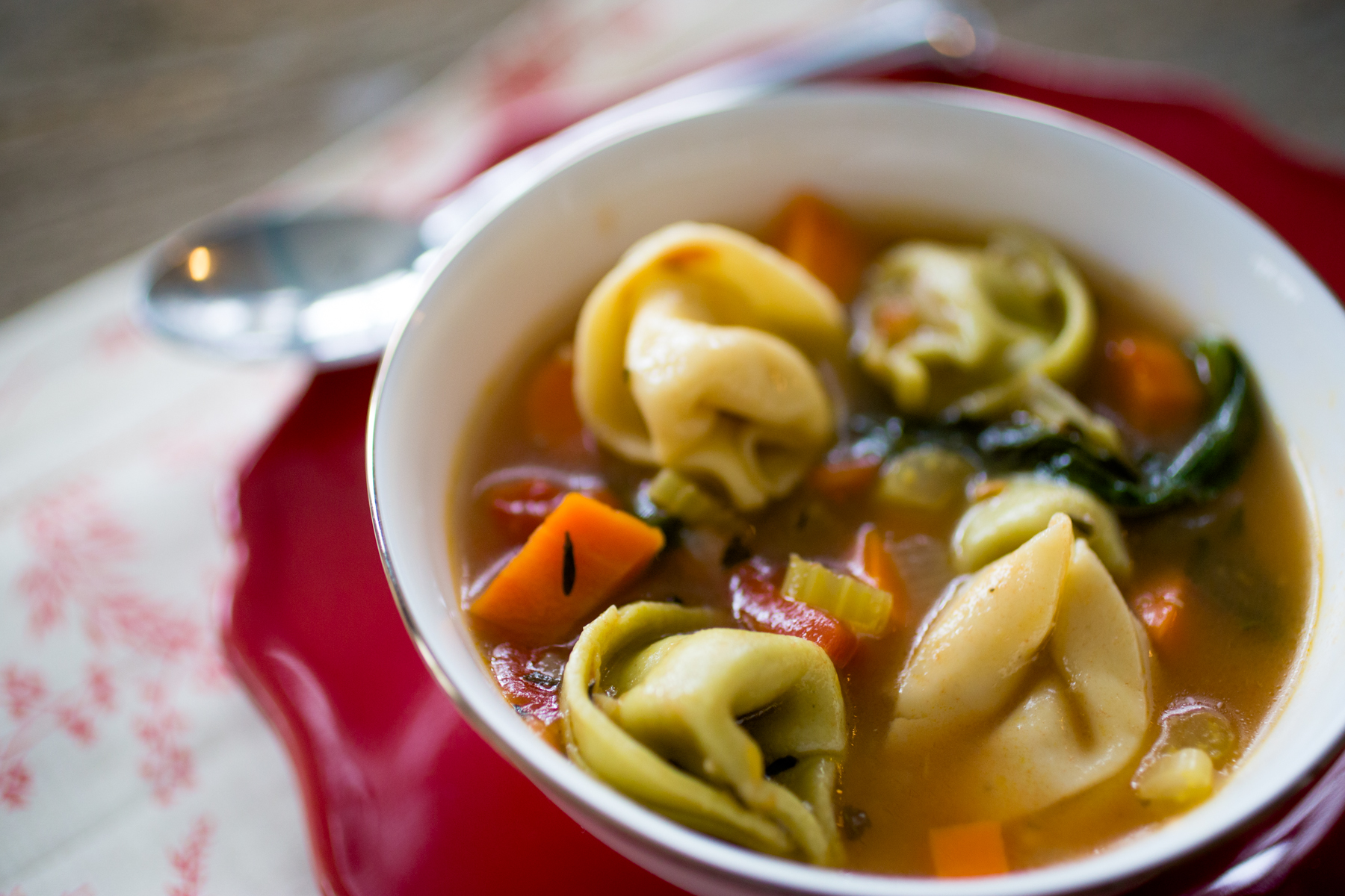 Weight Watchers Tortellini Soup: only 4 points per serving