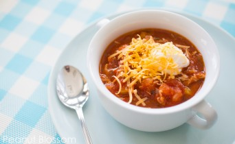Light and healthy chicken chili with no beans!