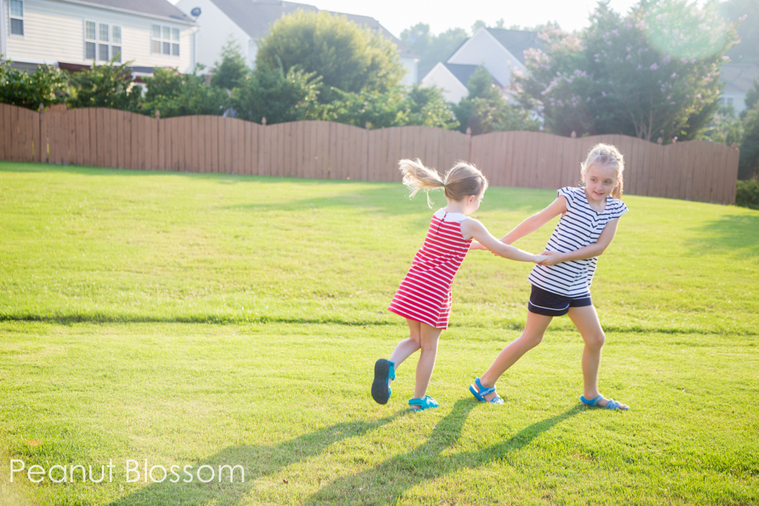 Kick the Can + 29 other awesome outdoor activities you MUST share with your kids