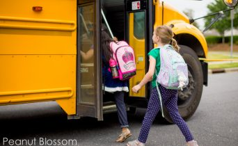 Essential school morning checklist: catch the bus without losing your mind