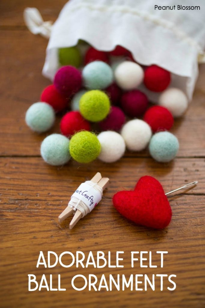 Warm and cozy felt balls wreath ornaments for a country Christmas look