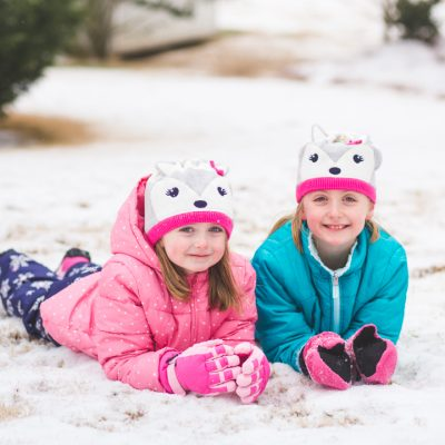 How to take unforgettable family photos this winter