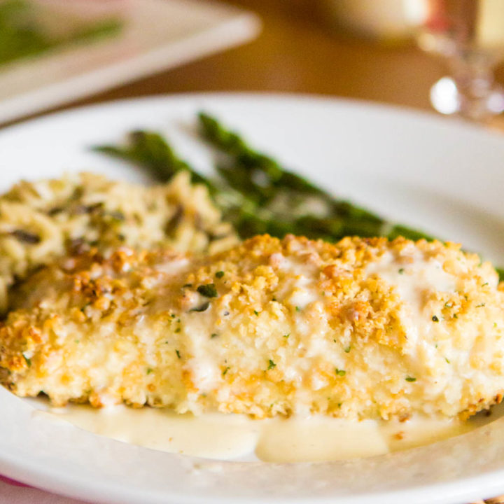 easy macadamia crusted halibut with quick lemon butter cream sauce