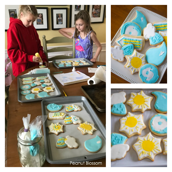 How to decorate sugar cookies with kids: great tips for keeping it fun.