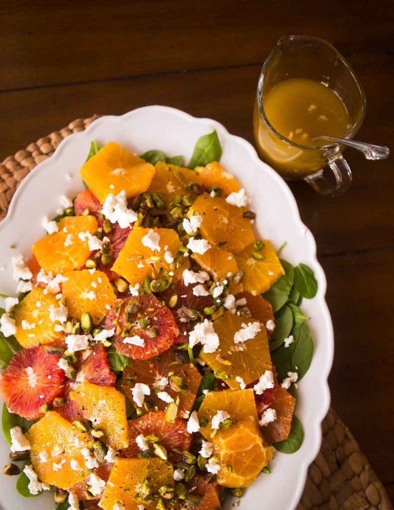 Easy citrus salad with fresh oranges, spinach, and pistachios. YUM!