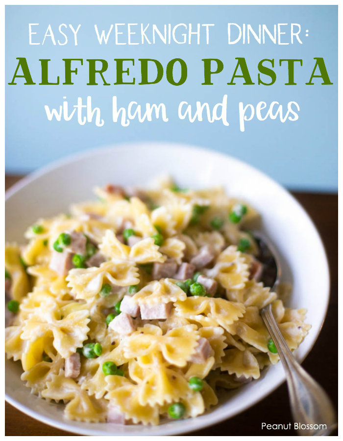 Easy weeknight dinner: Ham and peas pasta alfredo